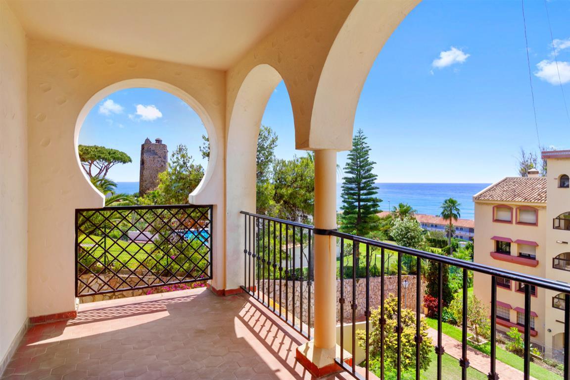 Apartment Middle Floor Torrenueva Málaga Costa del Sol R3688766 10