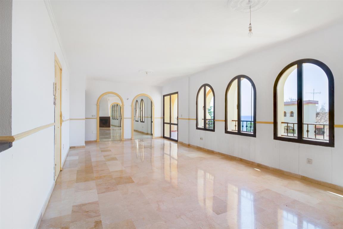 Apartment Middle Floor Torrenueva Málaga Costa del Sol R3688766 4