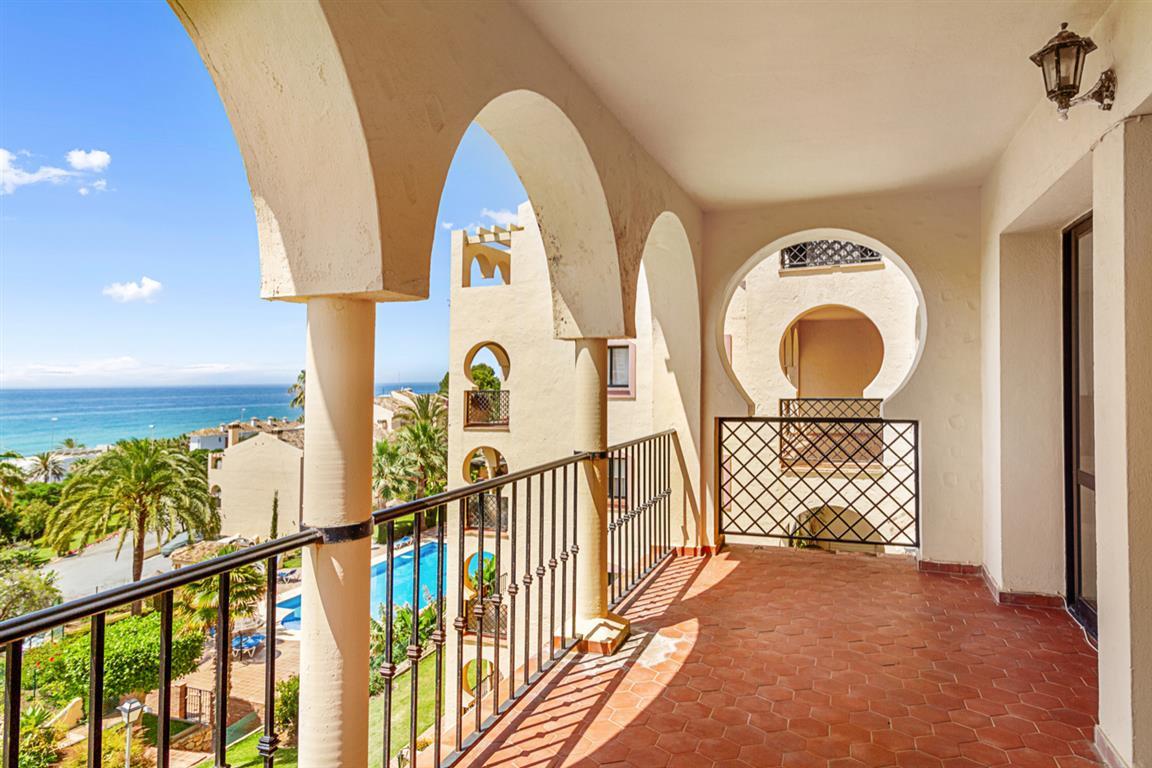 Apartment Middle Floor Torrenueva Málaga Costa del Sol R3688766 9