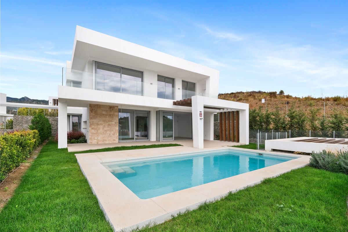 Villa zu verkaufen in Marbella R3946261