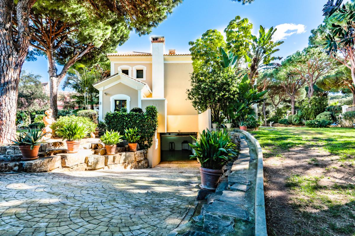 R3301315 Villa Hacienda Las Chapas, Málaga, Costa del Sol