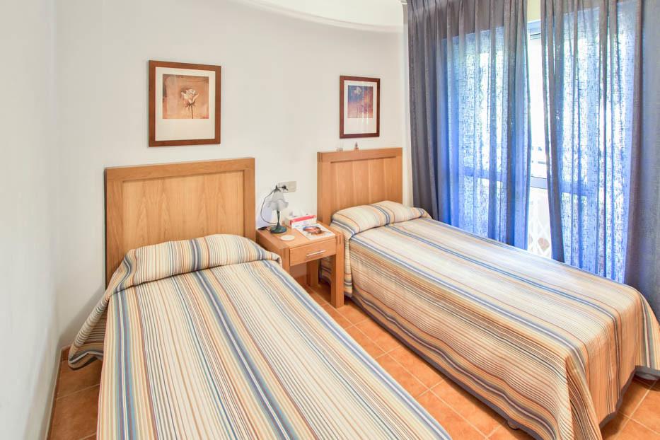 Unifamiliar con 3 Dormitorios en Venta Artola