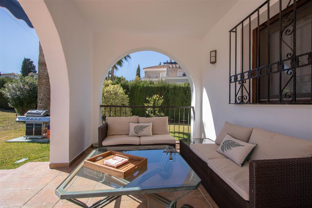 Villa Individuelle à Atalaya, Costa del Sol