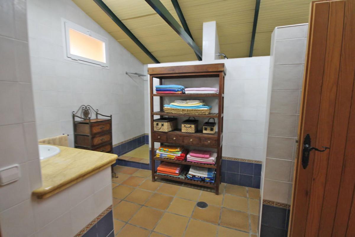 House in Alhaurín de la Torre R3811222 11