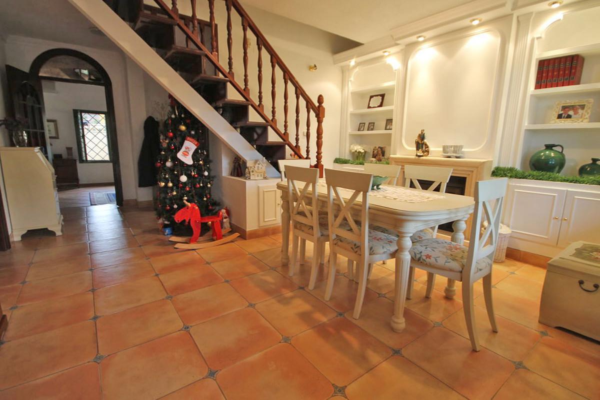 House in Alhaurín de la Torre R3811222 21