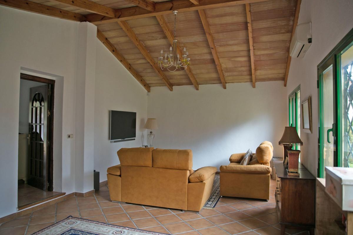 House in Alhaurín de la Torre R3811222 45