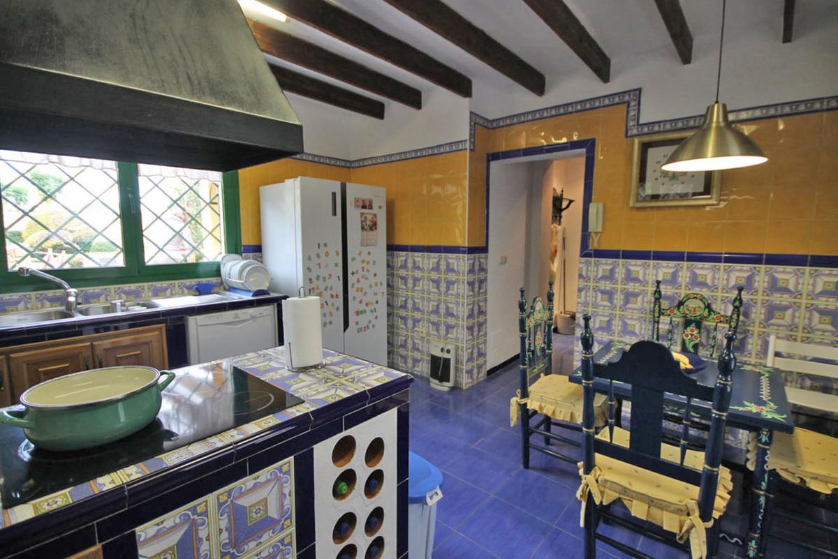House in Alhaurín de la Torre R3811222 53