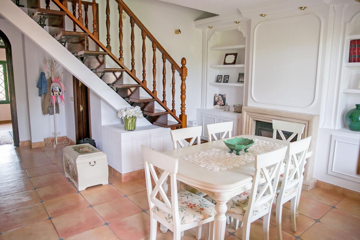 House in Alhaurín de la Torre R3811222 54