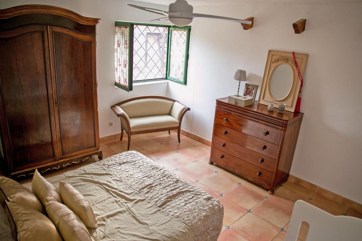 Hus in Alhaurín de la Torre R3811222 65