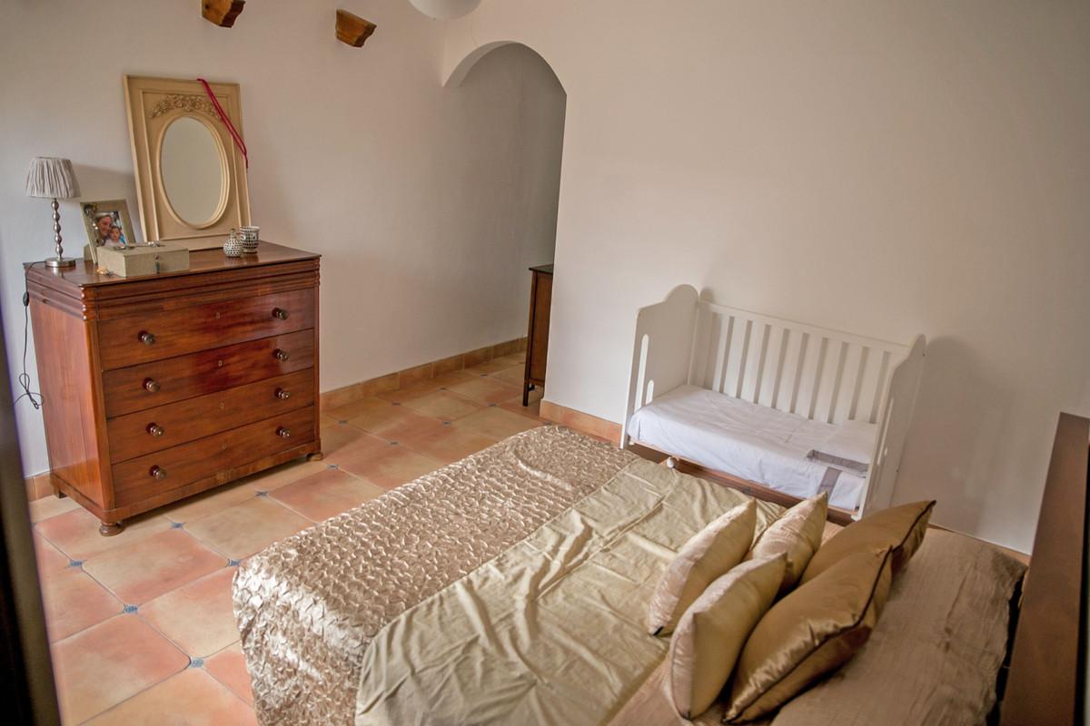 House in Alhaurín de la Torre R3811222 68