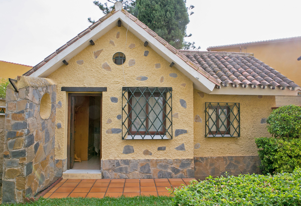 Hus in Alhaurín de la Torre R3811222 81