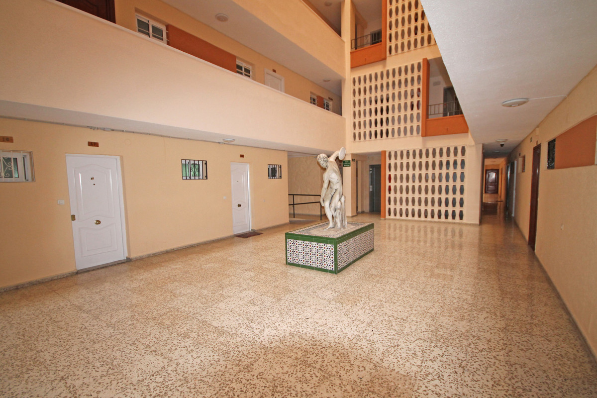 Appartement te koop in Benalmadena Costa R3552379