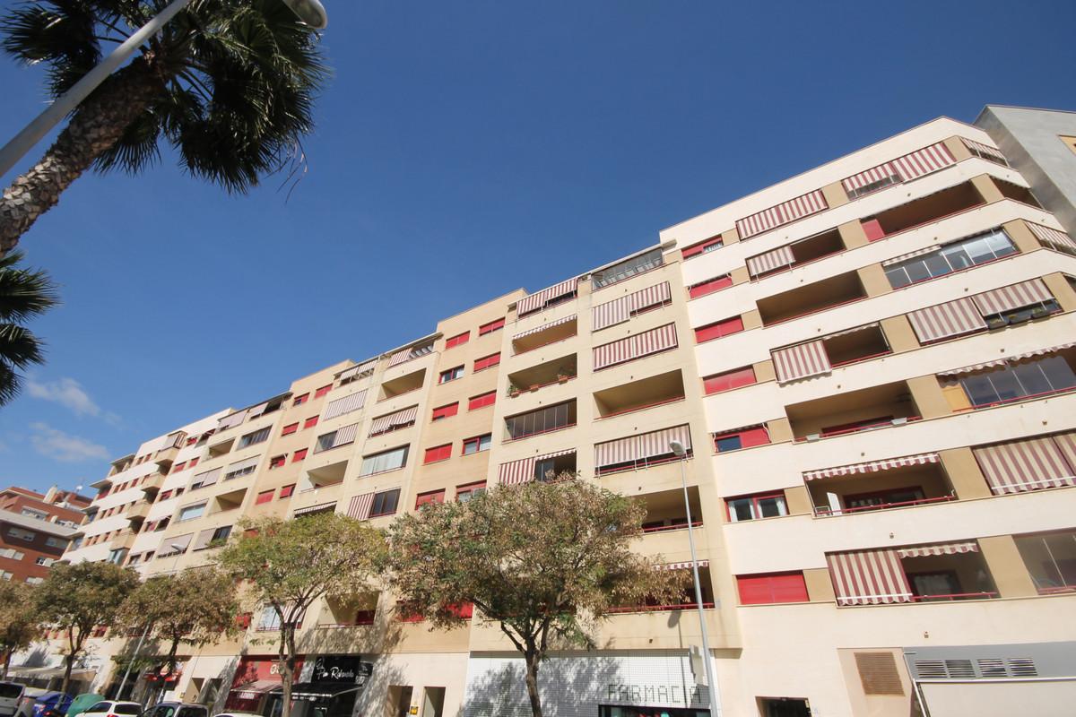 Middle Floor Apartment, Carretera de Cadiz, Costa del Sol. 1 Bedroom, 1 Bathroom, Built 60 m².  Sett,Spain
