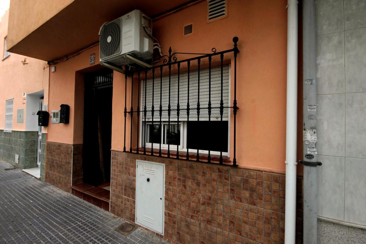 Ground Floor Apartment, Malaga, Costa del Sol. Built 31 m².  Setting : Town, Close To Shops, Close T,Spain