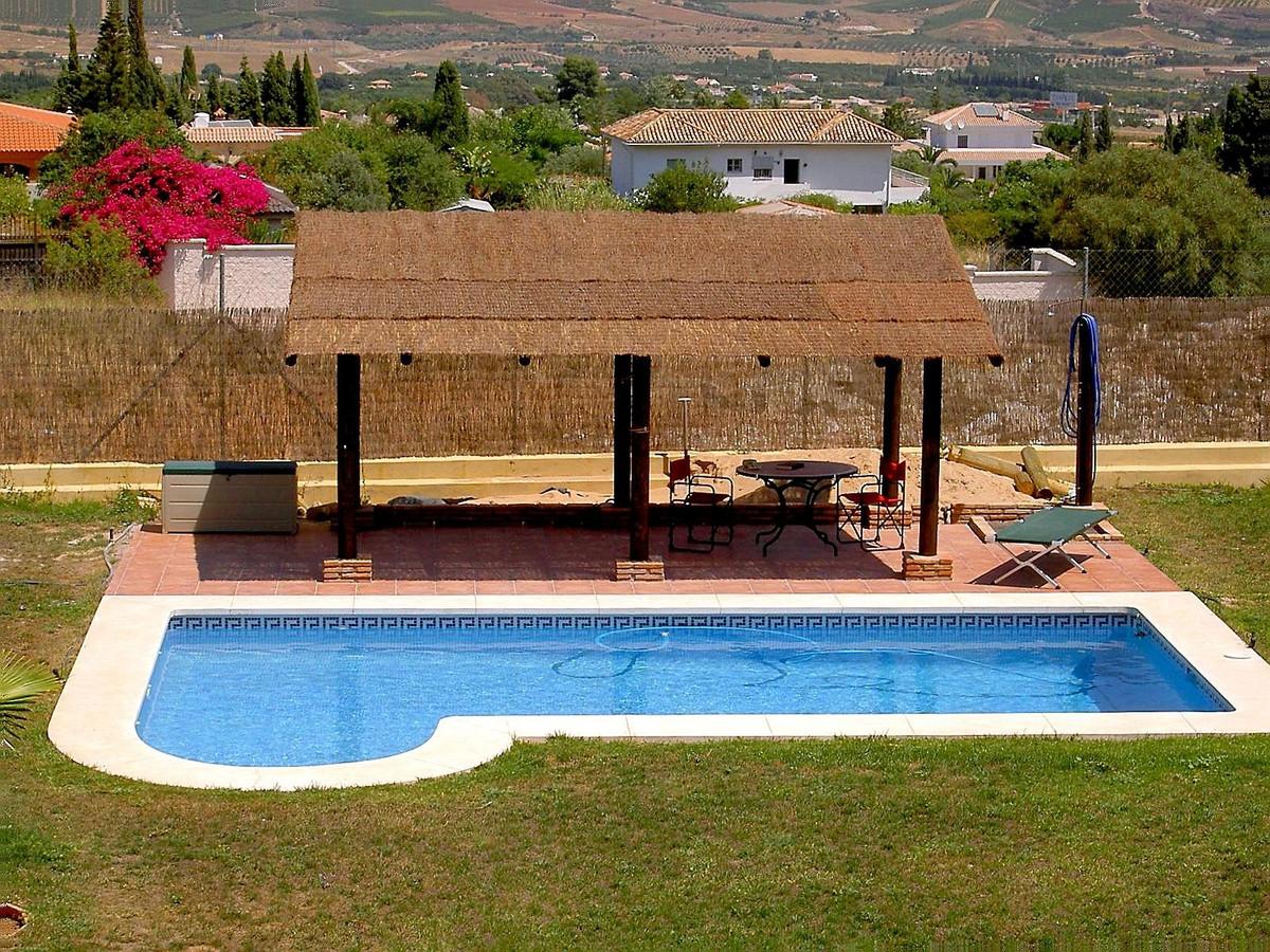 House in Alhaurín de la Torre R3730198 1