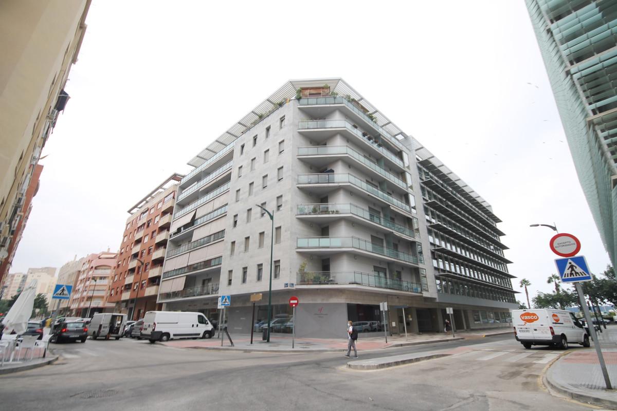 Appartement  Mi-étage en vente   à Málaga