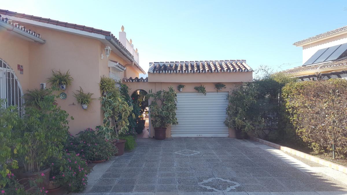 House en Alhaurín de la Torre R3688931 26