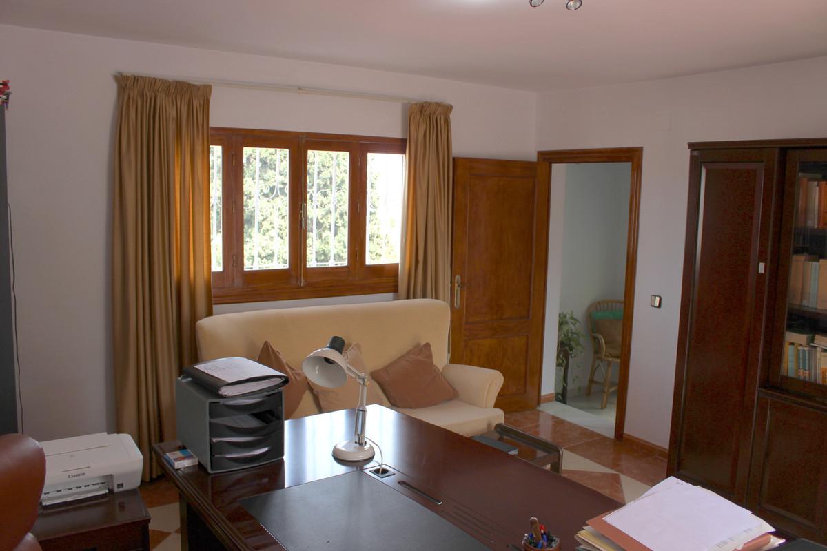 House en Alhaurín de la Torre R3688931 50
