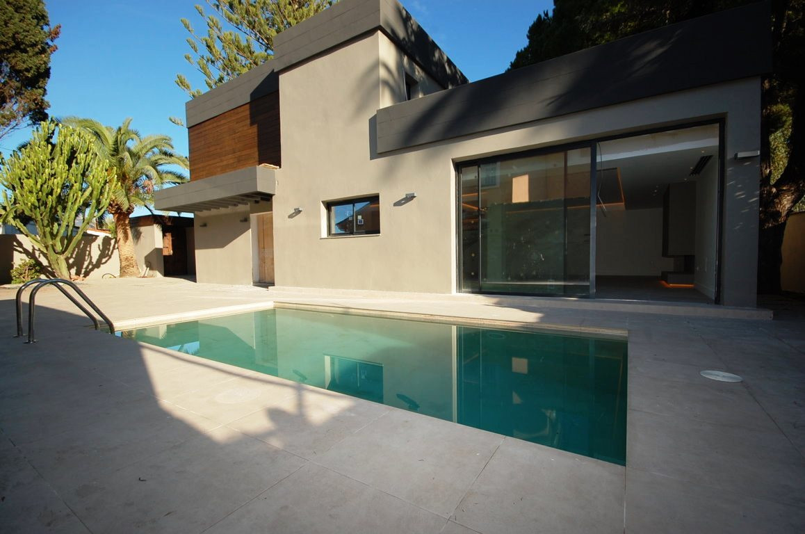 Extreme luxury villa in Costabella urbanization in Marbella. Renovated in 2018 and brand new for the,Spain