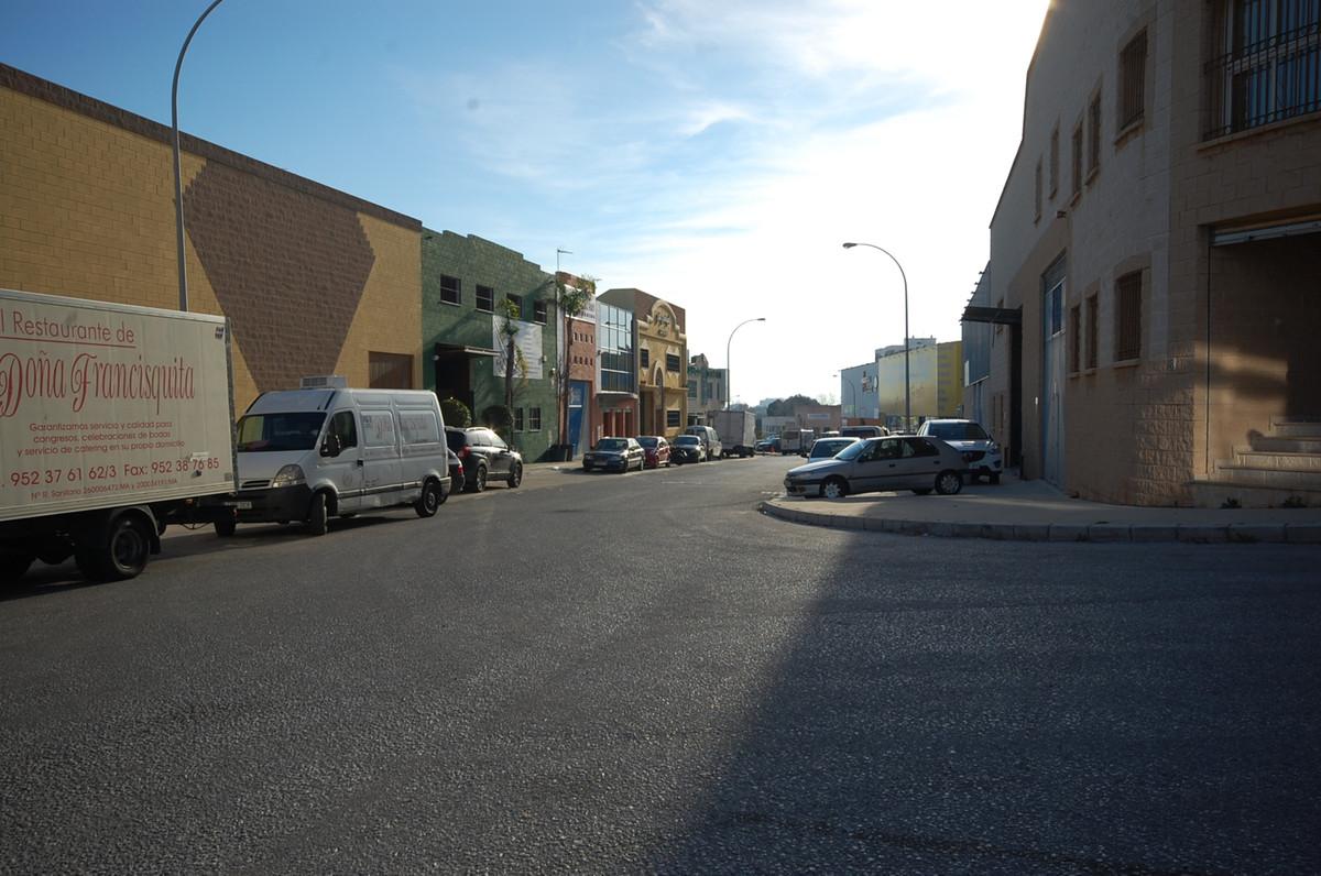 Poligono El Pinillo, El Pinillo, Torremolinos, Nave  Industrial warehouse for rent and sale in the p,Spain