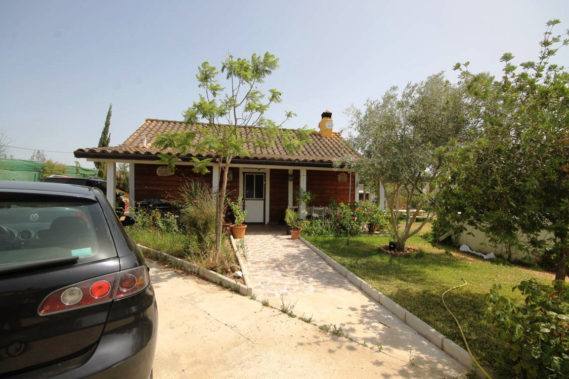 Dehesa Baja, Cartama, Malaga, Country house  Country house located in Villafranco de Guadalhorce Loc,Spain