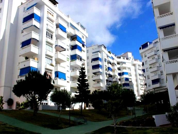3 bedroom Apartment in Nueva Andalucia  Apartment in Nueva Andalucia, in gated urbanization with priSpain