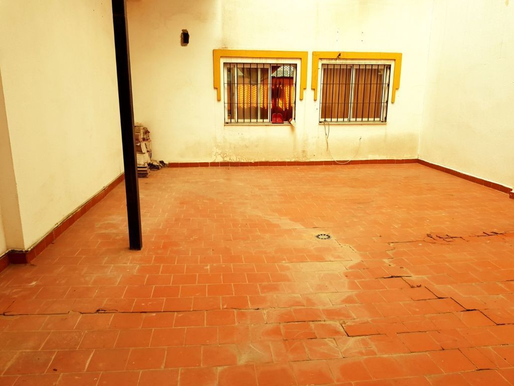R3027182: Commercial for sale in Malaga Centro