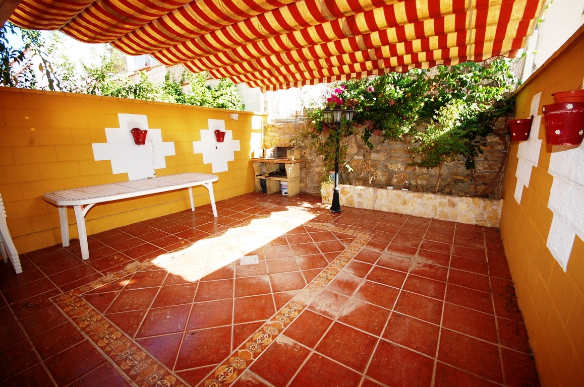 Cartama, Malaga, Terraced House  Opportunity in Cartama, Urbanization Vegamar. Housing distributed o,Spain