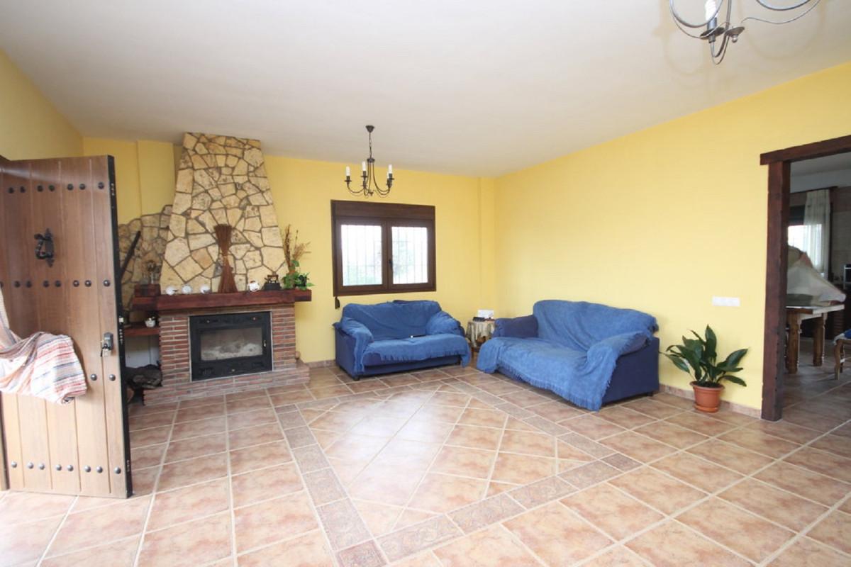House in Almogía R3408124 11