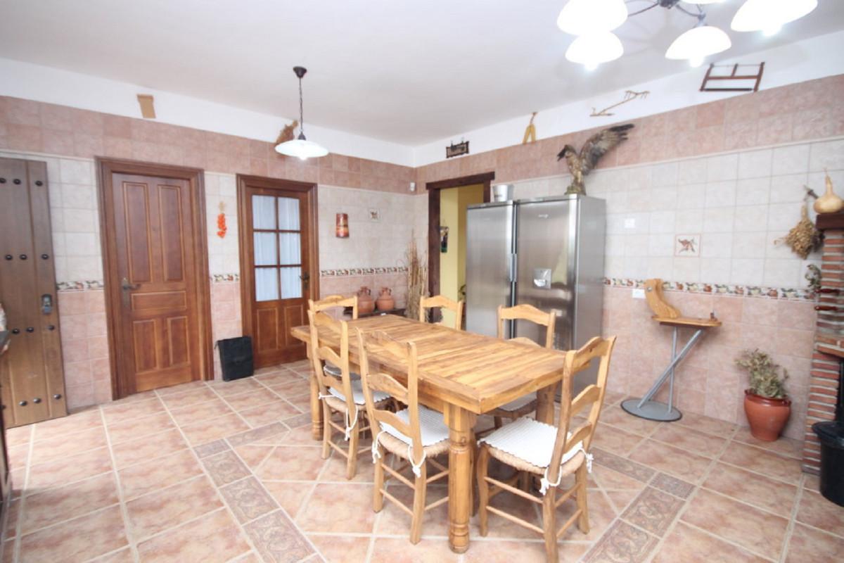 Hus in Almogía R3408124 12