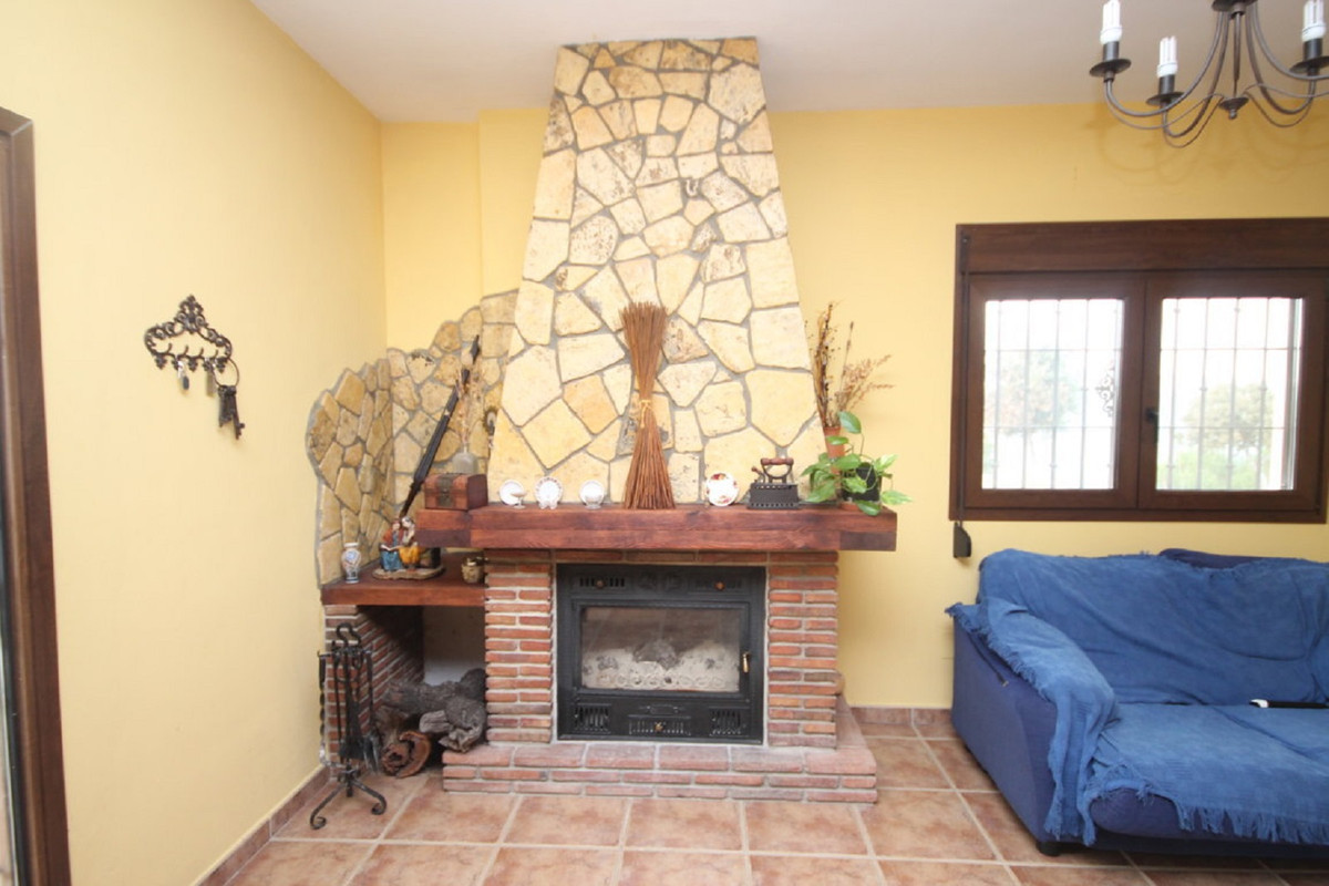 House in Almogía R3408124 13
