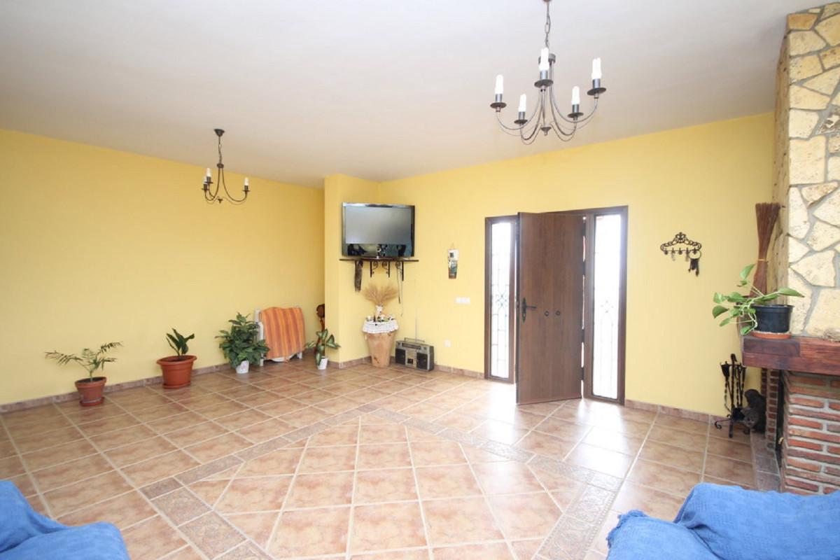 Hus in Almogía R3408124 16