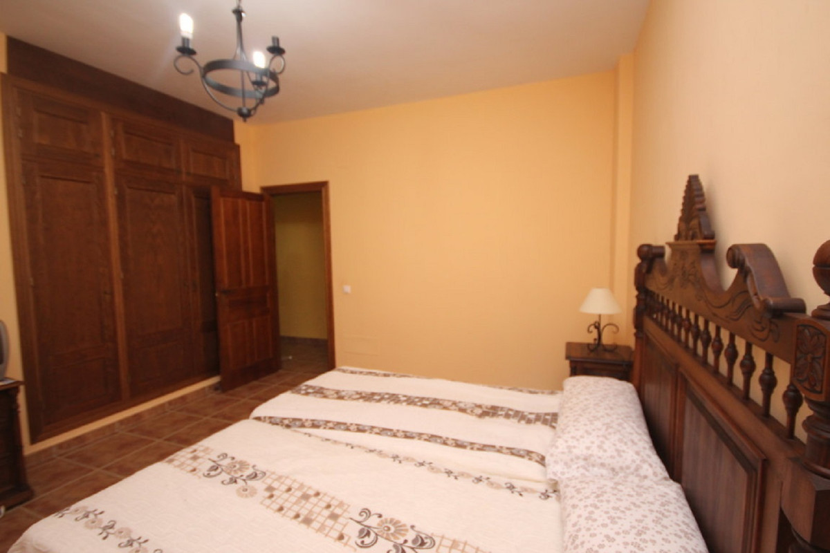 House in Almogía R3408124 17