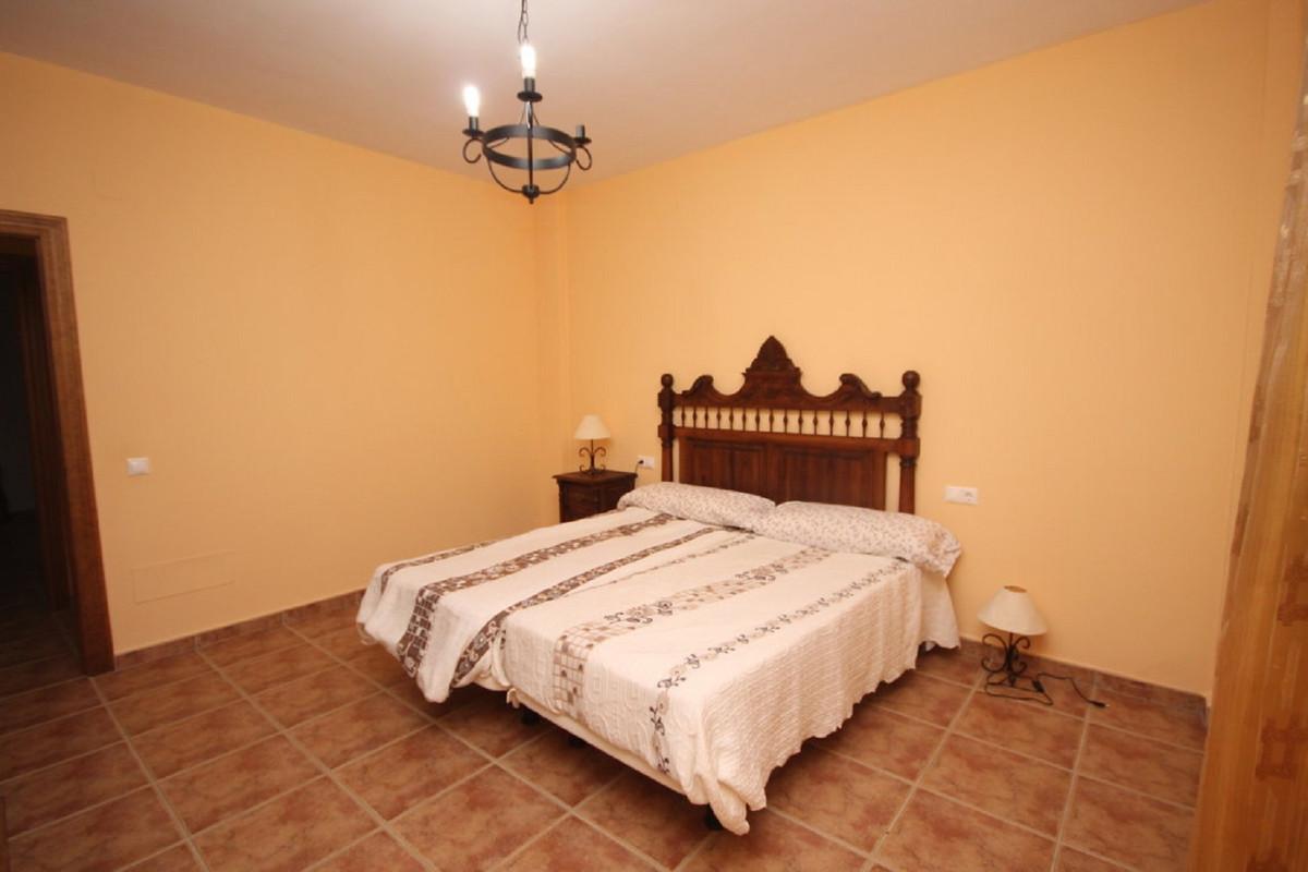 House en Almogía R3408124 19