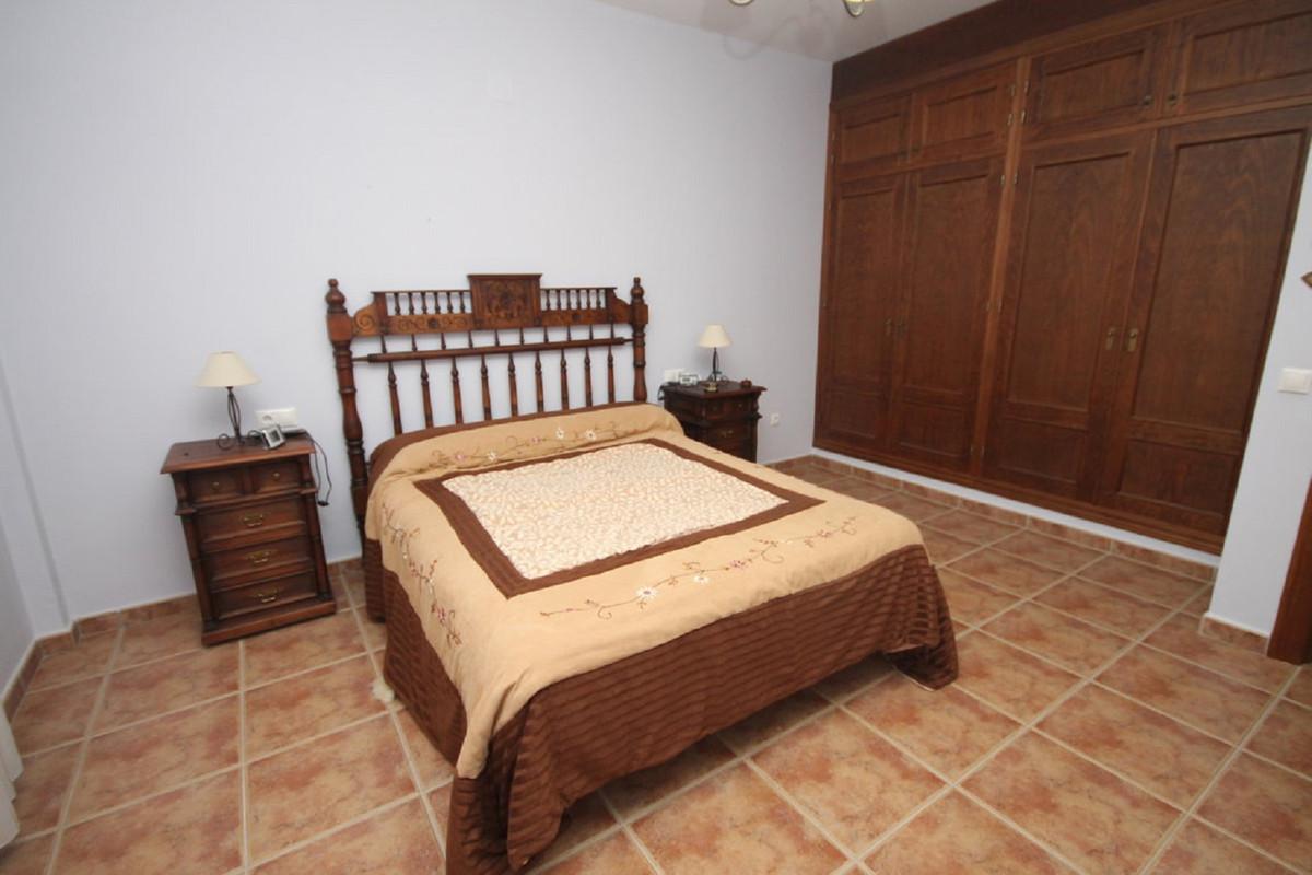 House in Almogía R3408124 29