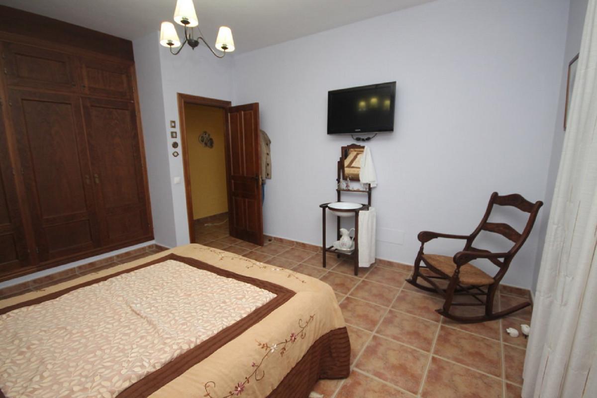 House en Almogía R3408124 31