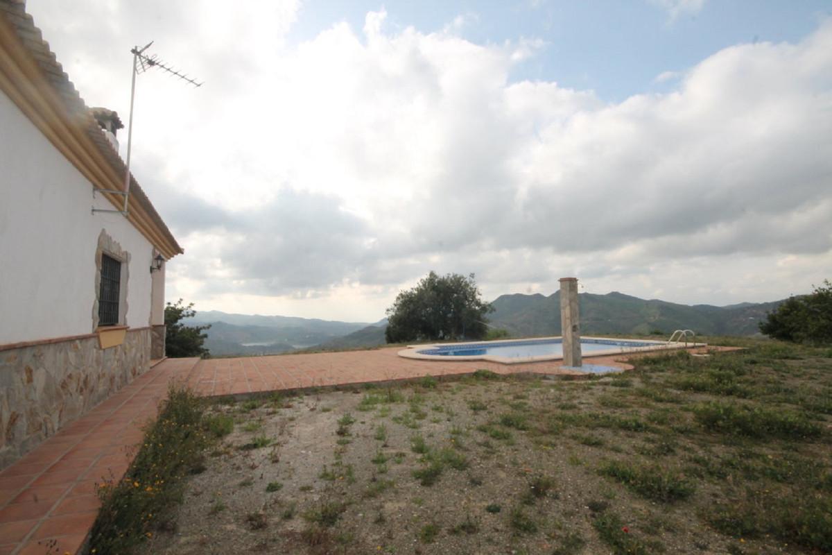 Hus in Almogía R3408124 34