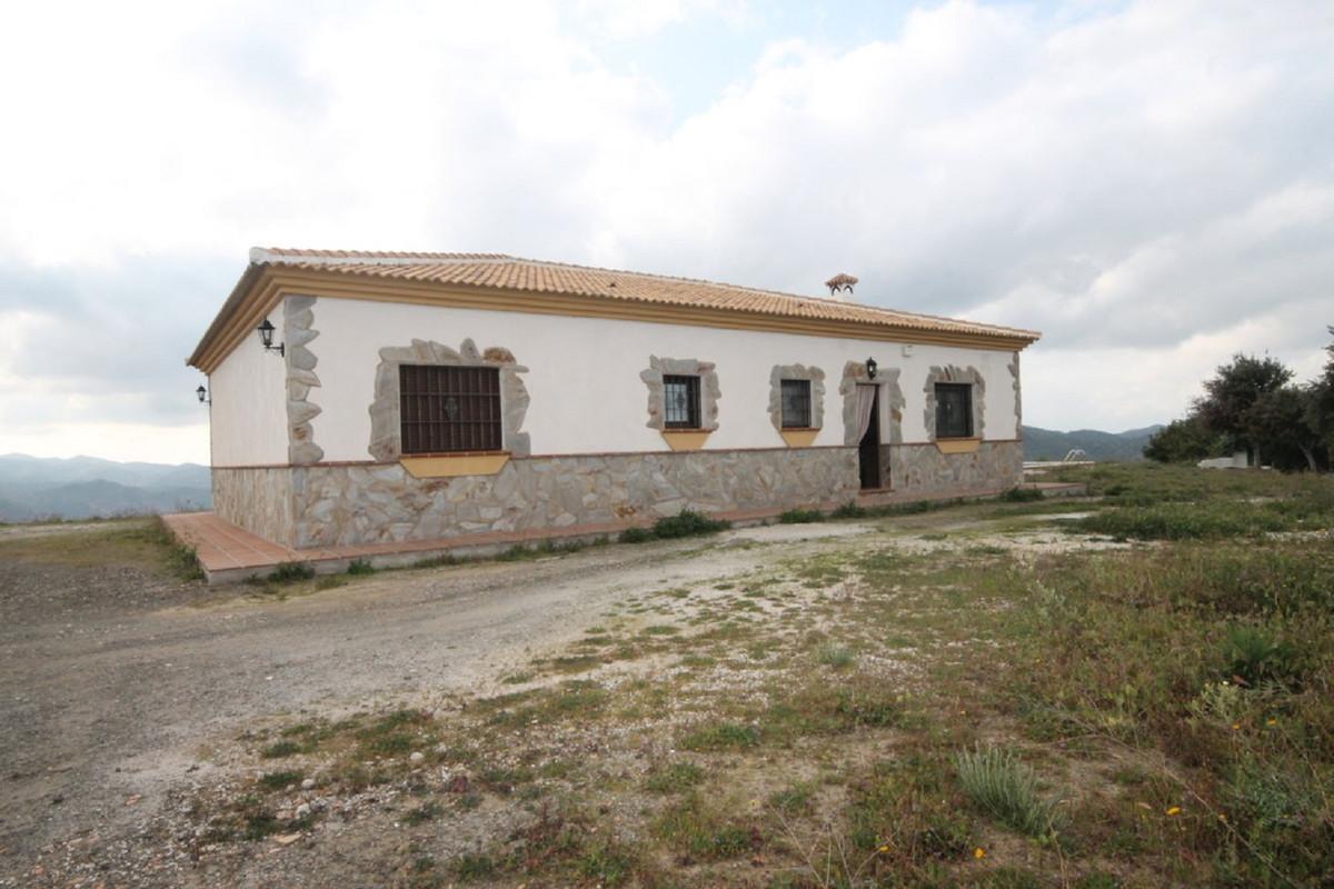 Hus in Almogía R3408124 41