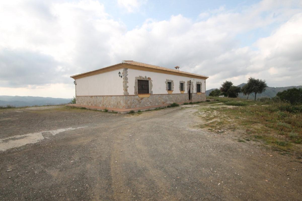 House en Almogía R3408124 42