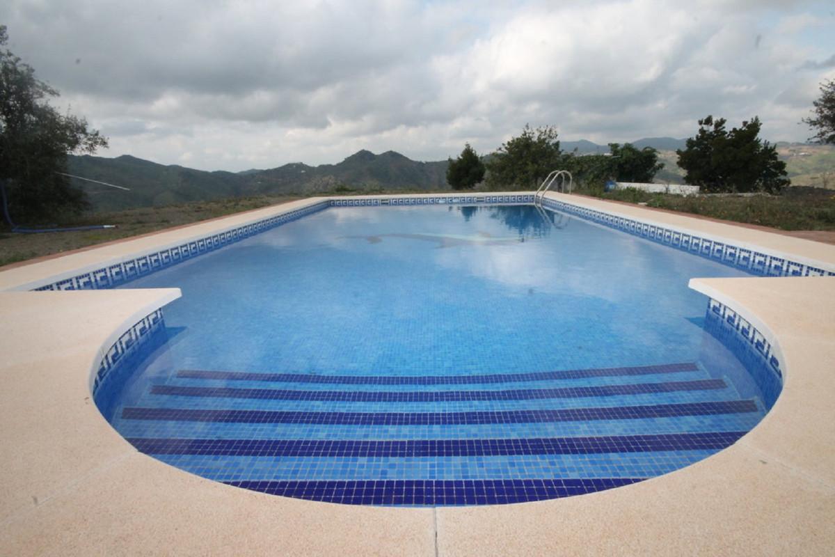 Hus in Almogía R3408124 44
