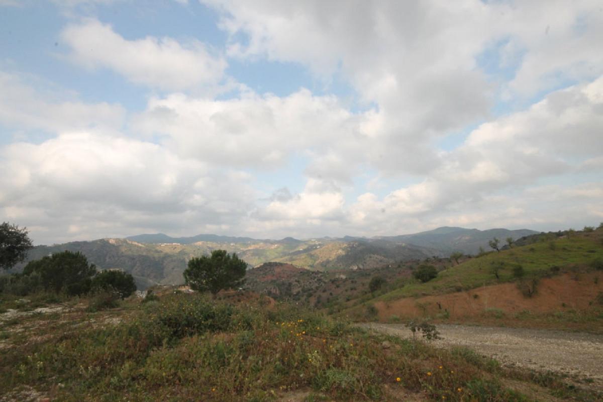 Hus in Almogía R3408124 47
