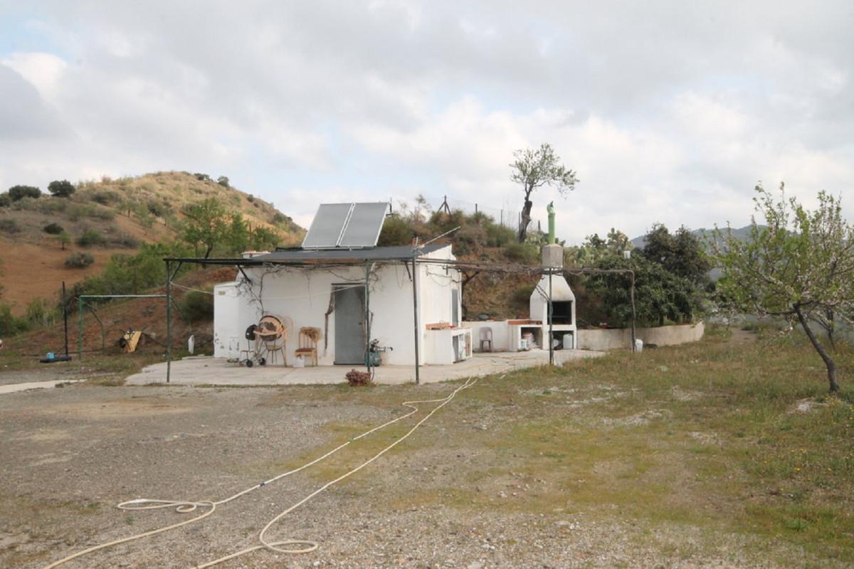 Hus in Almogía R3408124 48