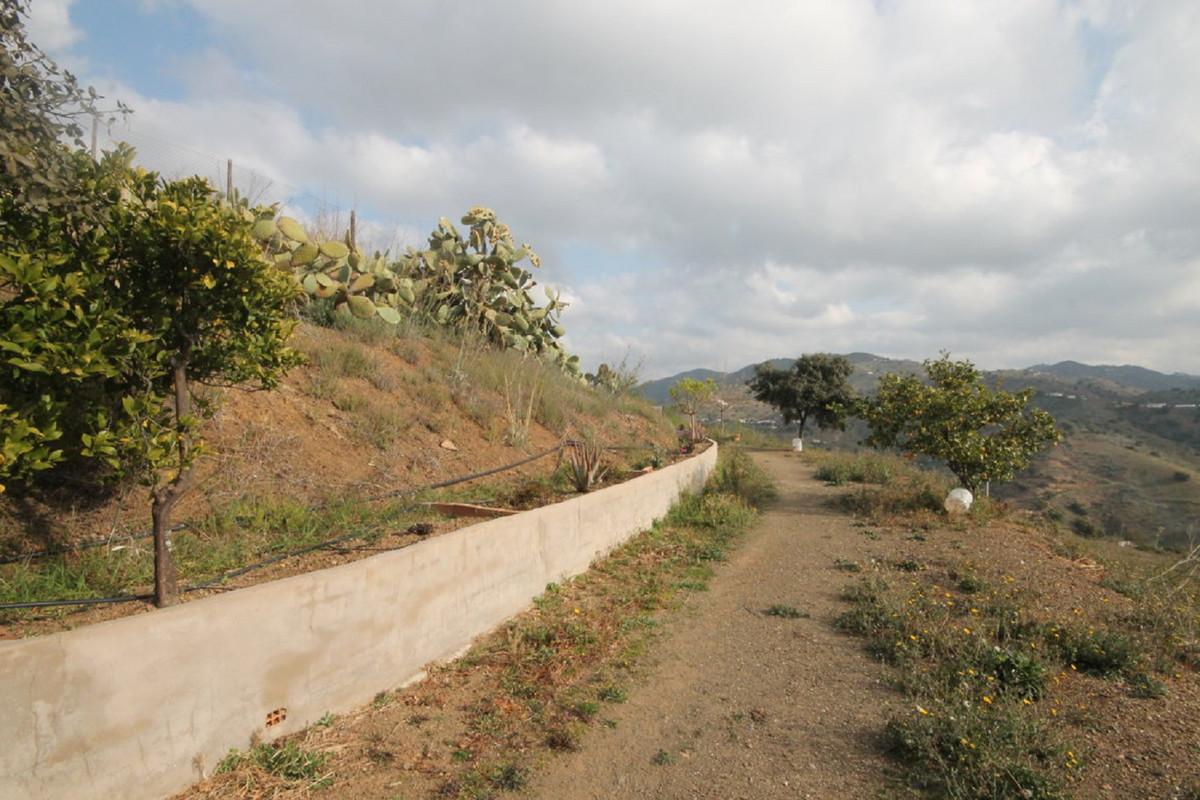House in Almogía R3408124 49