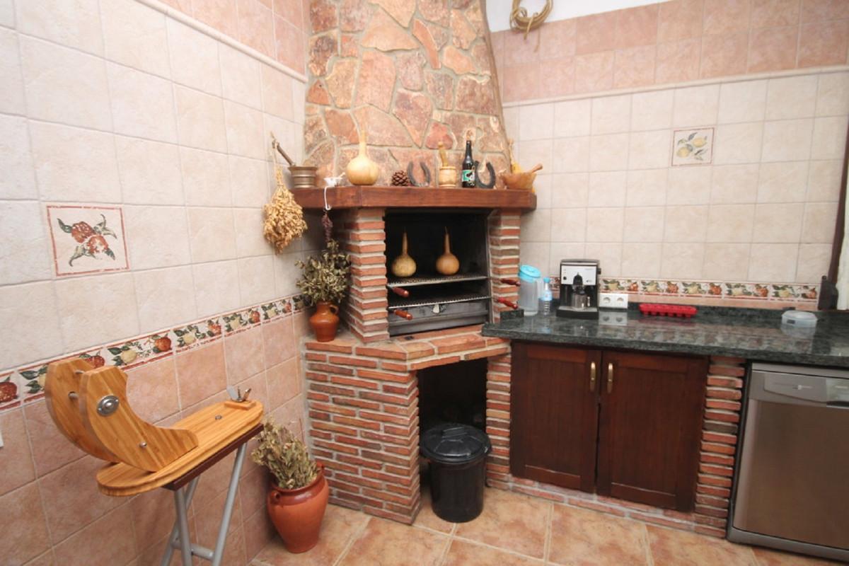House en Almogía R3408124 5