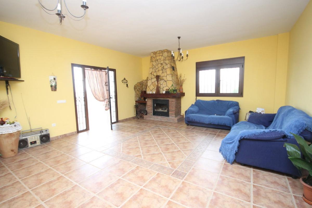 Hus in Almogía R3408124 9