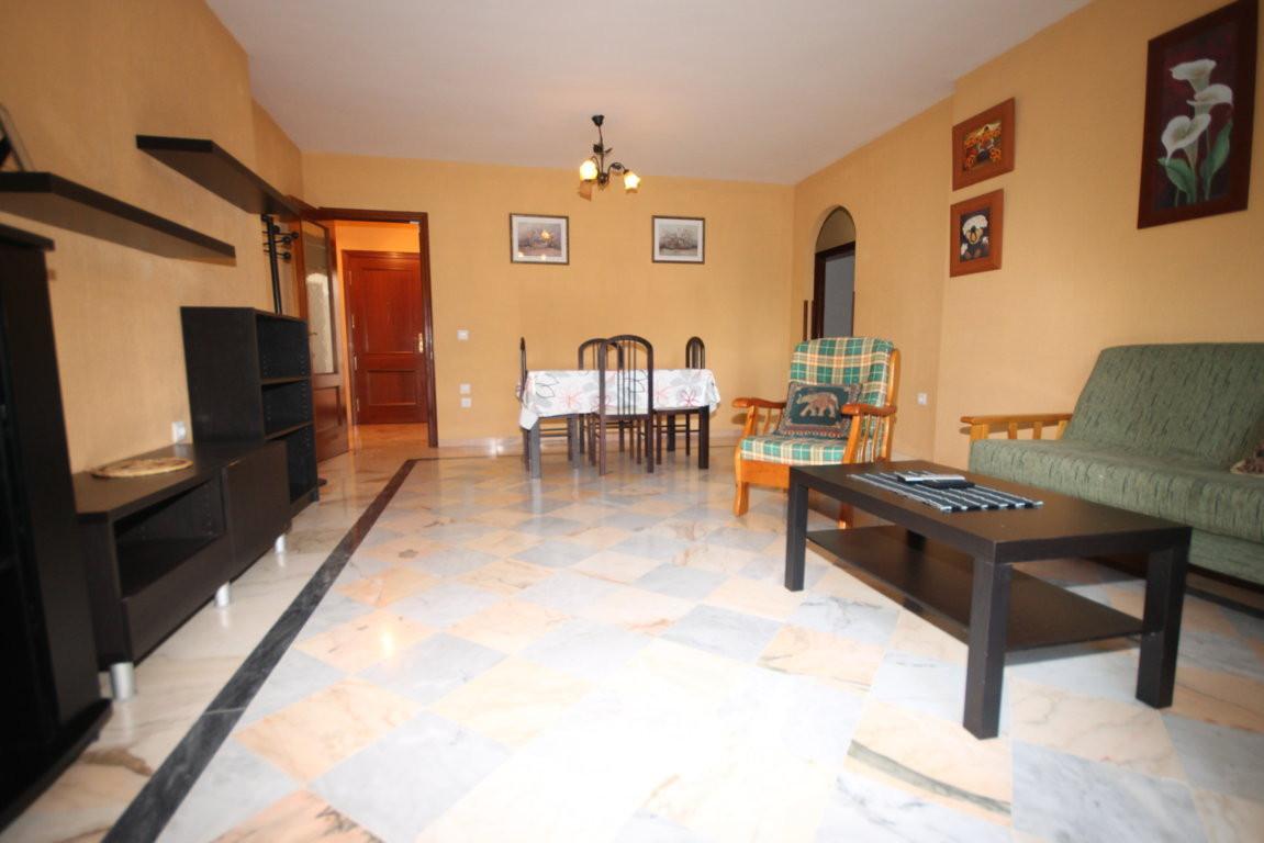 Apartment in Teatinos-Universidad
