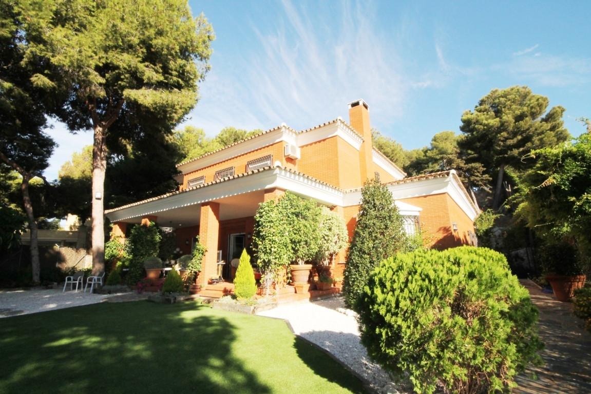 Parque Clavero, Malaga Este, villa, independent villa  Luxury villa in park clavero. Luxury villa in,Spain