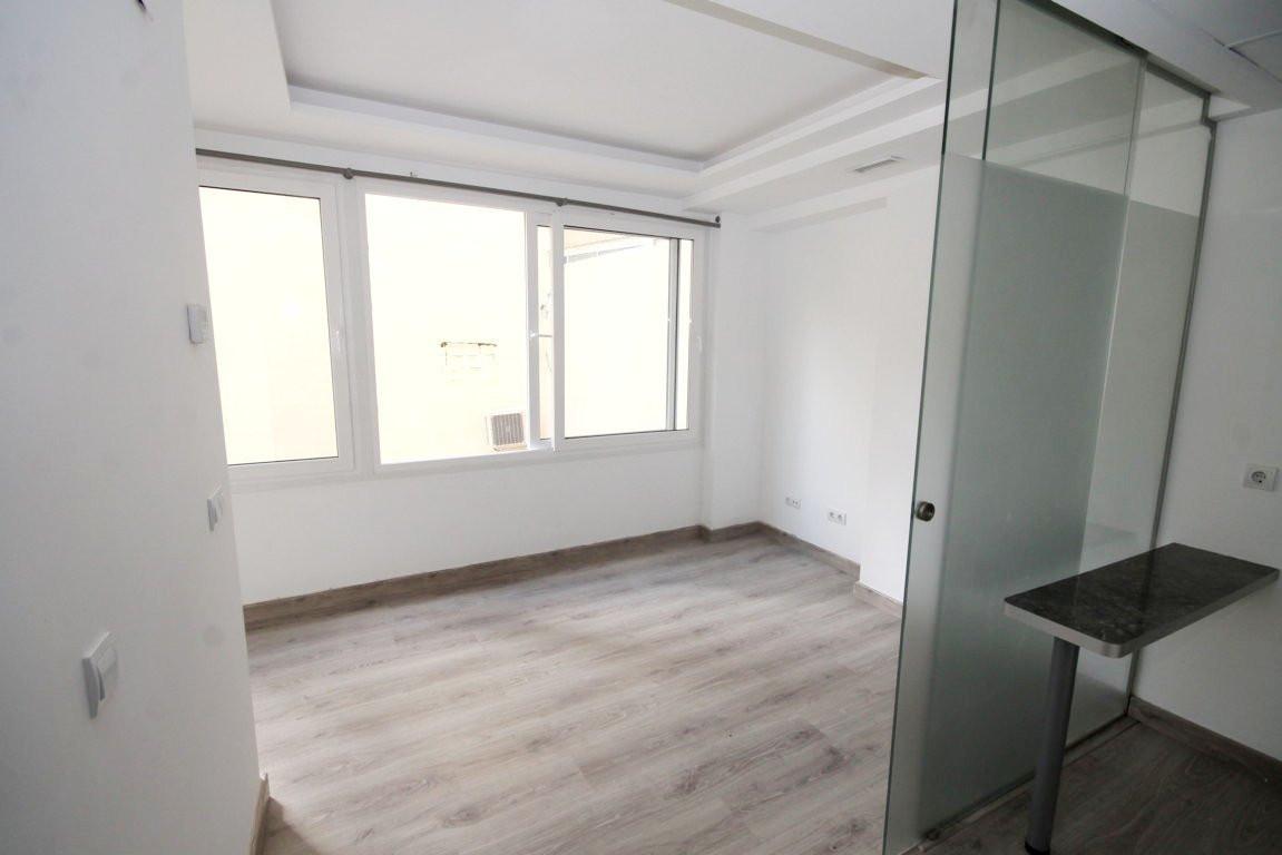 R3003077: Apartment in Marbella