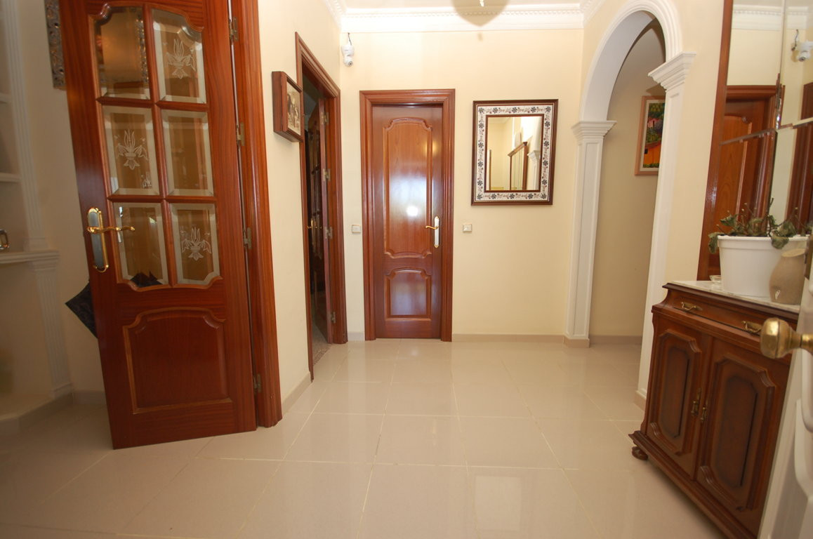 Hus in Alhaurín de la Torre R2695709 24