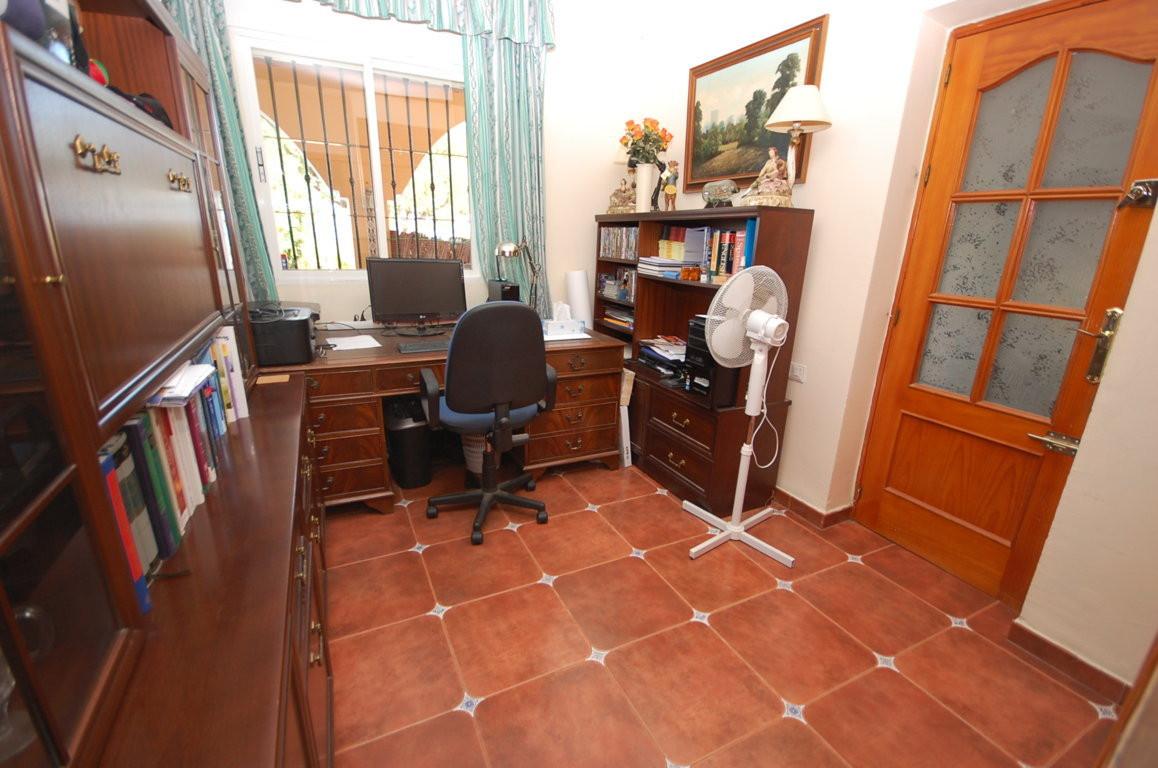 Hus in Alhaurín de la Torre R3097405 11